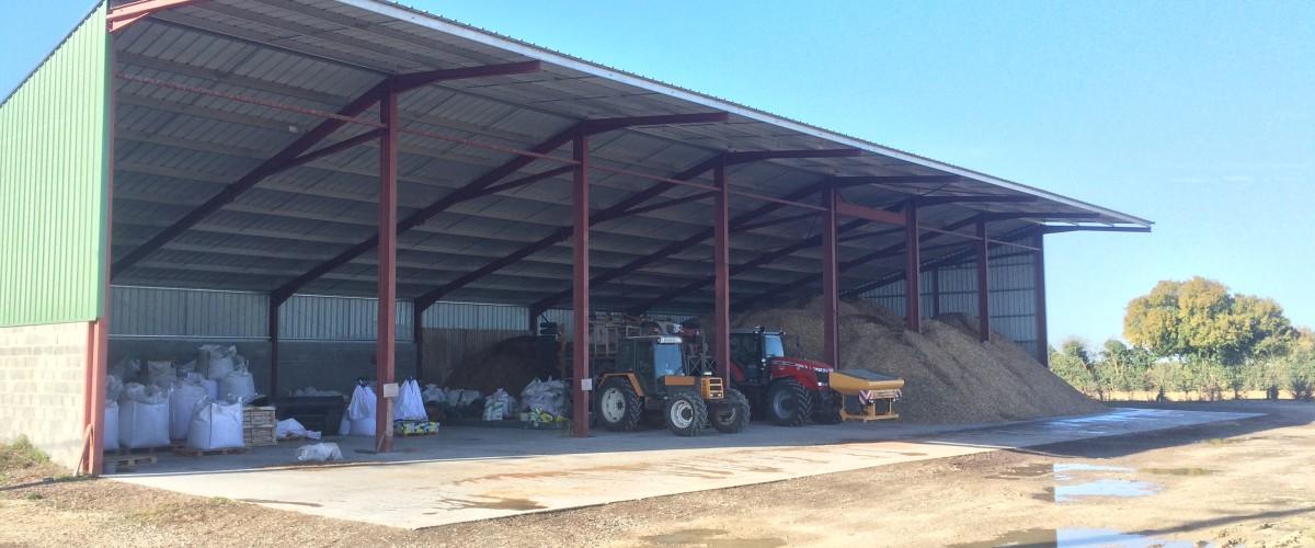 Hangar agricole photovolta que proacier constructions m talliques charpente m tallique - Hangar photovoltaique agricole ...